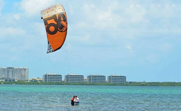 Cancun Kitesurfing
