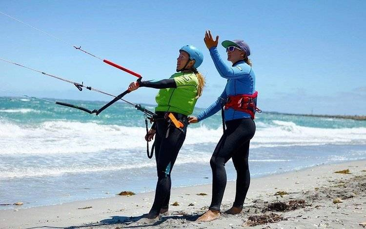 kitesurfer with instructor
