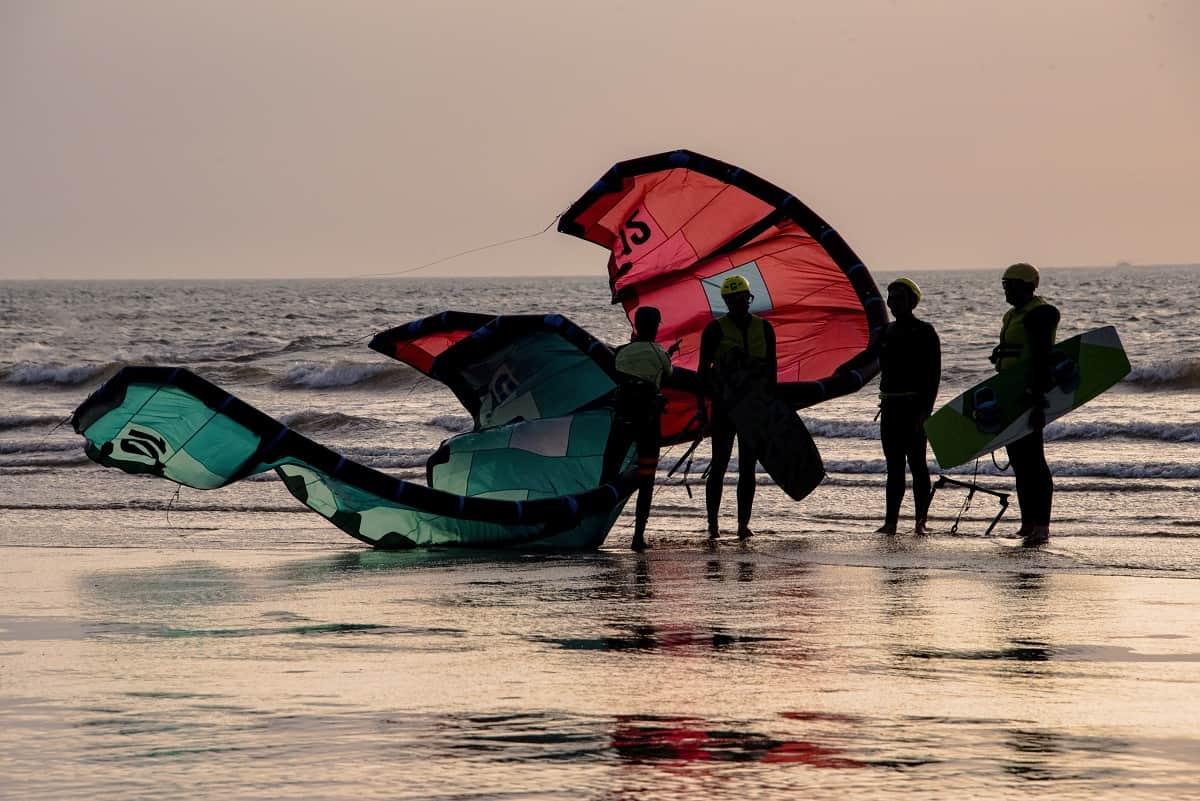 Best Kitesurfing Kites For Beginners - kitesurfingadvice.com
